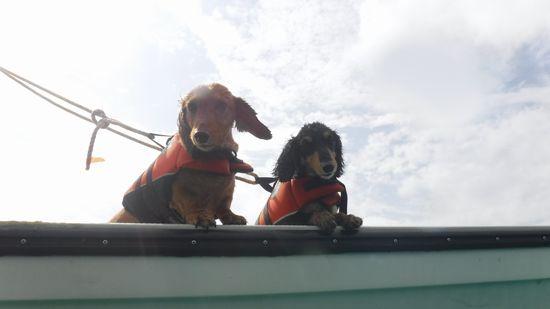 一本目はボートで待機です