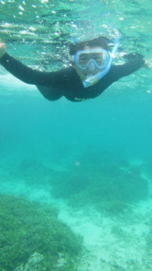 レント君、口呼吸ができると泳ぎまわっています