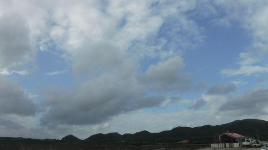 曇り、一瞬だけ晴れ間の一日でしたっ!