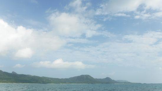 まだ安定した天気が続く石垣島です。