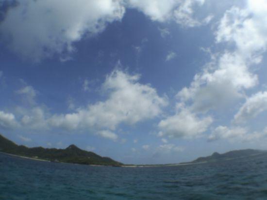 今日は、晴れときどき曇りでしたっ!