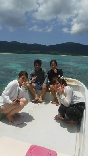リピーターM島さんとN村さんとO本さんです。
