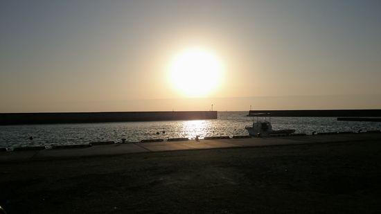 冬の石垣島の朝日