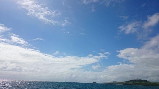 晴れたり曇ったり小雨降ったりの石垣島です