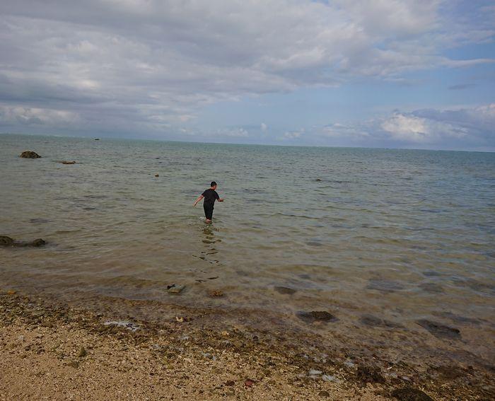学校帰りは海でクールダウン