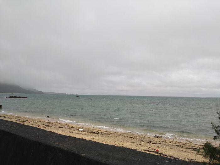 天気は曇りでも海は穏やかです。