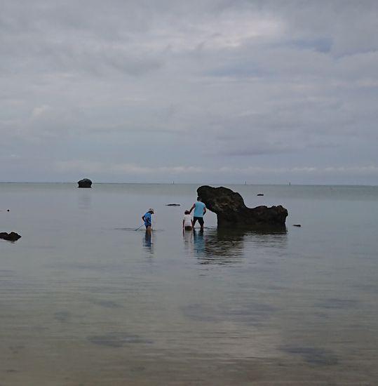 干潮時間にビーチ