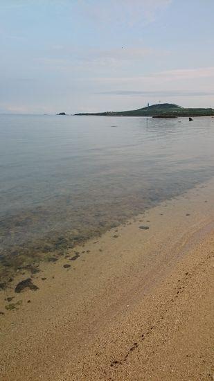 のっぺり穏やかなビーチ。