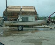 ボート陸あげしました。