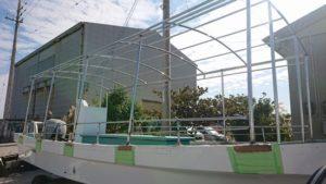 石垣島は雨。沖縄本島は晴れ。400km離れれば天気は変わりますね。