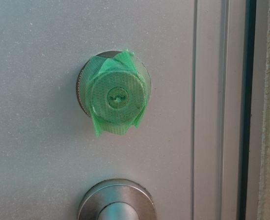 忘れてはいけないドアの鍵穴