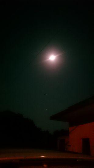 満月の夜ですね