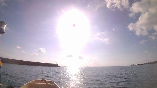 出港とともに太陽の登場です