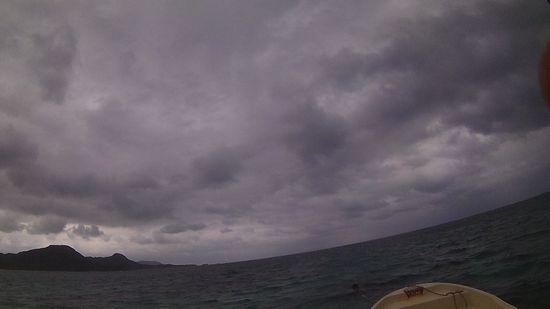 どんより雲の一日となった石垣島です