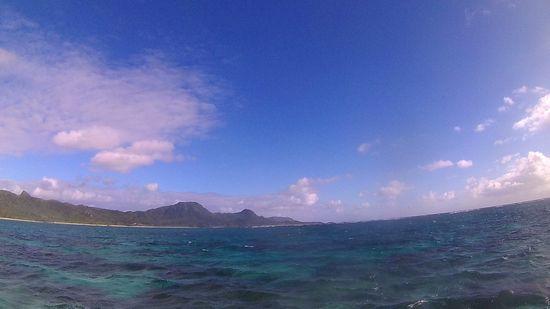 秋空広がる石垣島です