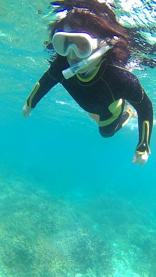 ナギサちゃん!慣れればすいすい泳ぎます