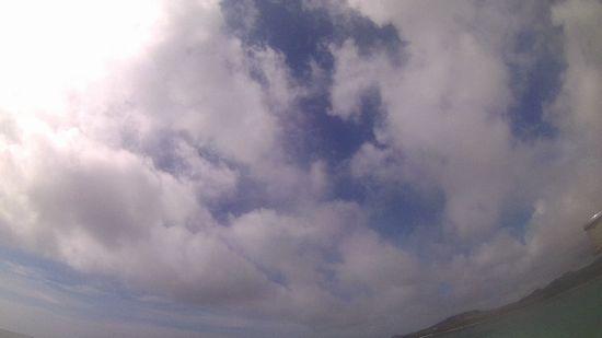 空が夏色に変わり始めています。