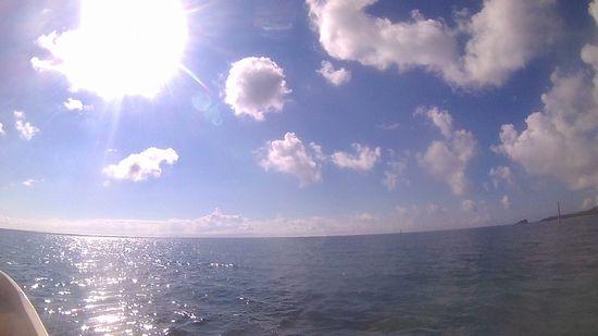 今日も真夏日の石垣島をシュノーケル