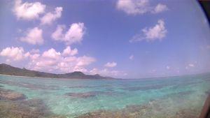 シュノーケル日和、穏やかな海、青空がどこまでも広がります♪