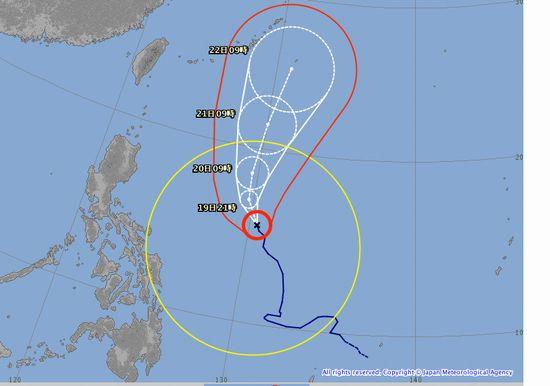 台風21号。石垣島の近くに。。。